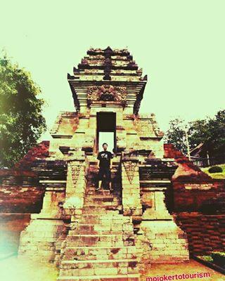 Mojokerto Tourism Instagram Posts Deskgram Situs Cagar Budaya Gapura Candi