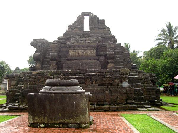 Sekar Rinonce Gaya Arsitektur Candi Jawa Abad 8 Sampai 15