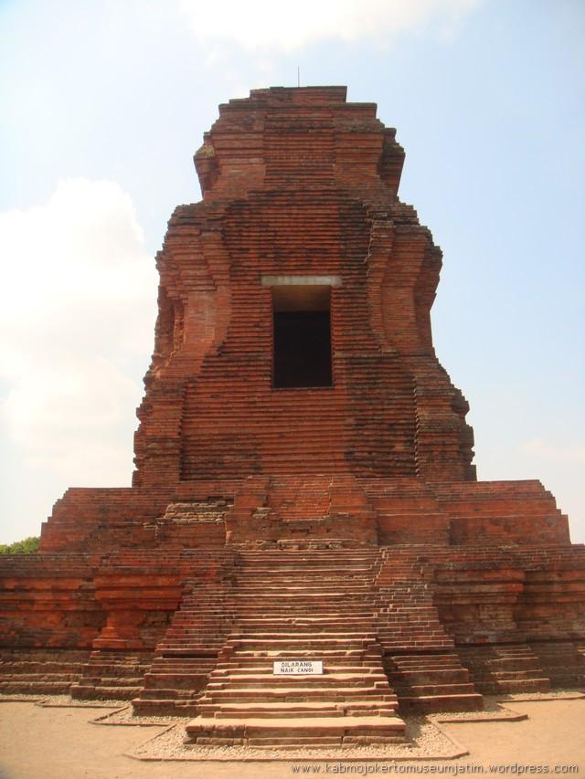 Selayang Pandang Candi Brahu Majapahit Museum Daring Kesiman Kab Mojokerto