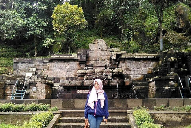Wisata31 Candi Jolotundo Kesiman Kab Mojokerto