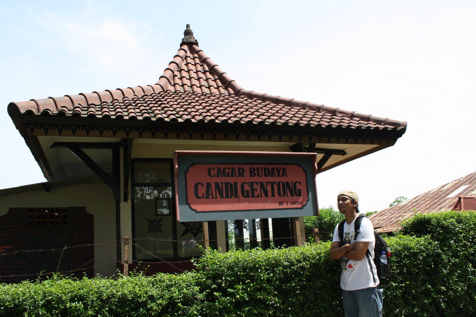Candi Gentong Sasadara Manjer Kawuryan Terletak Sekitar 10 Menit Wringin