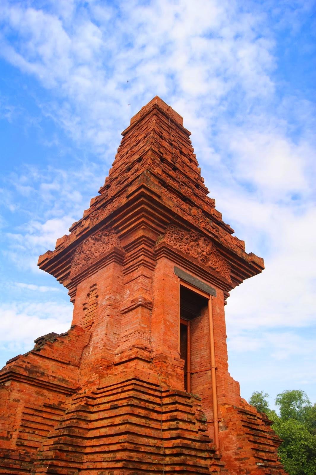 Daftar Candi Mojokerto Beserta Gambar Penjelasan Berikut Bajang Ratu Trowulan