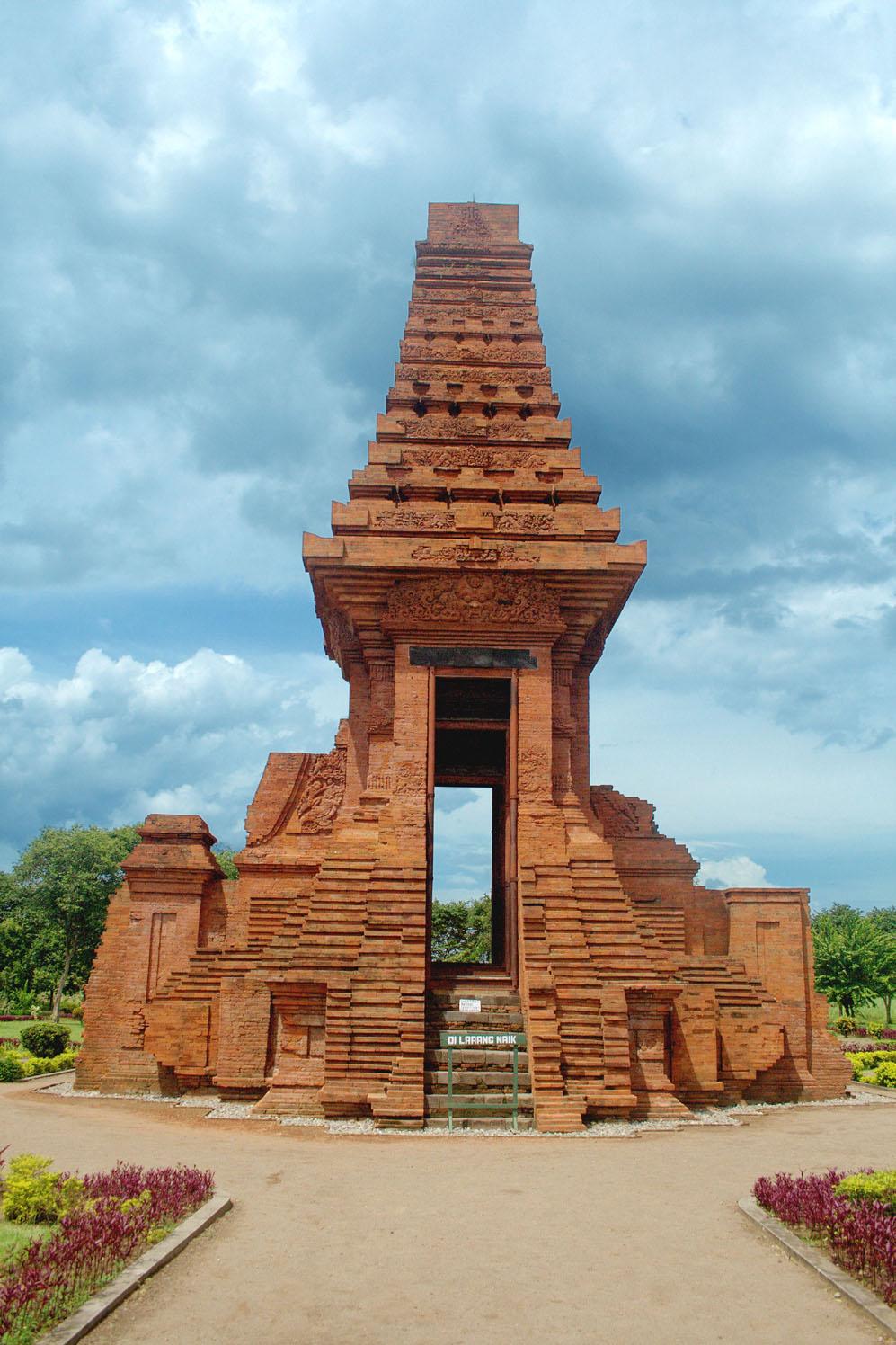 Situs Trowulan Wikipedia Bahasa Indonesia Ensiklopedia Bebas Candi Wringin Lawang