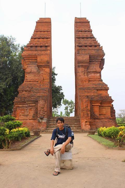 Trip Gapura Wringin Lawang Mojokerto Terletak Wilayah Administrasi Dukuh Desa