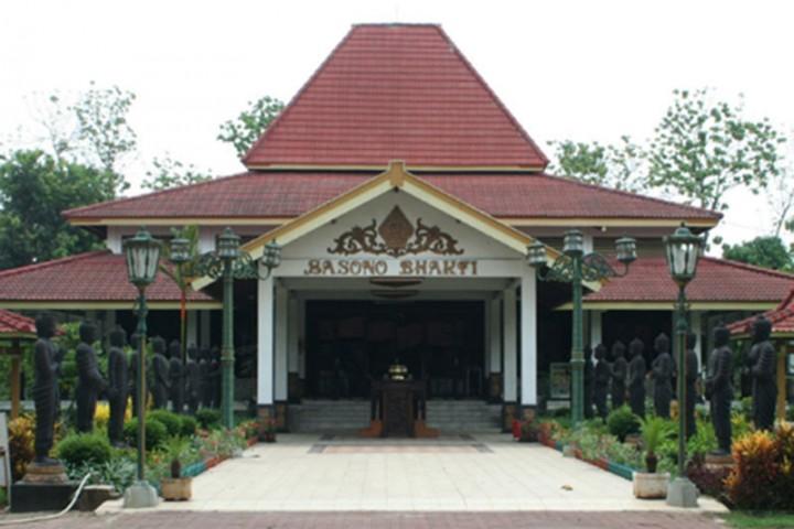 Maha Vihara Mojopahit Badan Promosi Pariwisata Daerah Kabupaten Kab Mojokerto