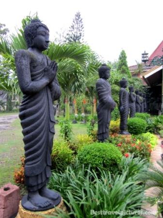 Patung Buddha Tidur Raksasa Trowulan Indonesia Weirdo Mahavihara Maha Vihara