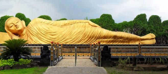 Tourism Maha Vihara Majapahit Objek Wisata Sejarah Kebudayaan Patung Buddha