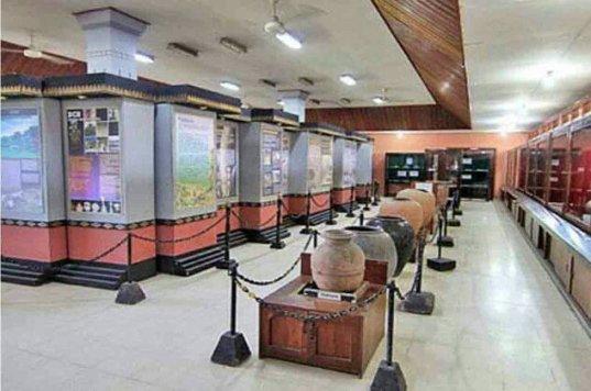 10 Tempat Wisata Mojokerto Menarik Perhatian Pintasilmu Museum Makam Troloyo