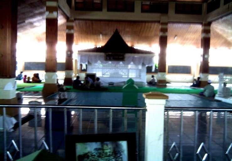 Kebudayaan Daerah Khas Mojokerto Choirnisa89 Makam Troloyo Menyimpan Sejarah Lampau