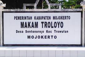 Peninggalan Kerajaan Majapahit Situs Makam Tujuh Tralaya Troloyo Mojokerto Kab