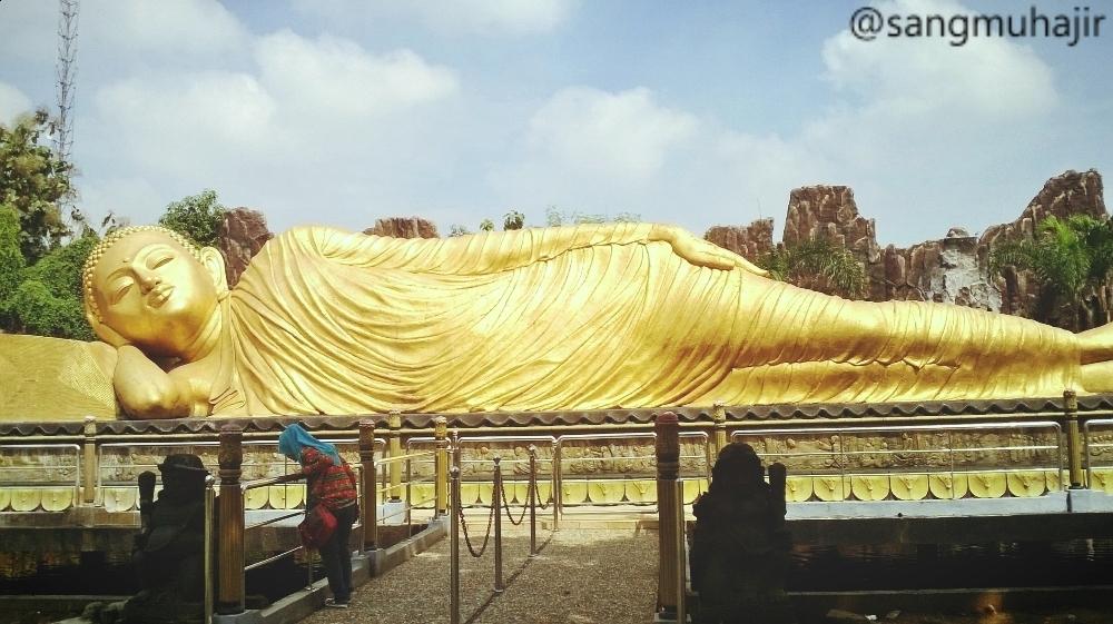 Daftar Tempat Wisata Mojokerto Jawa Timur Muhajir Patung Budah Tidur