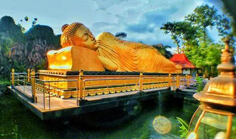 Main Budha Tidur Trowulan Menuju Lokasi Patung Buddha Mojokerto Sangatlah