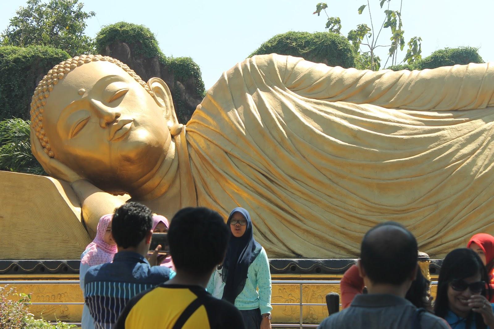 Memoar Patung Budha Tidur Mojokerto Obyek Wisata Hemat Biaya Sekitar
