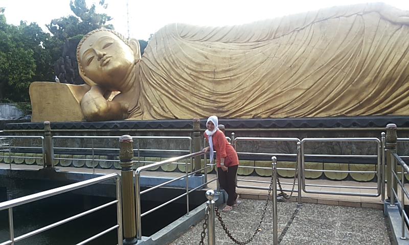 Mencari Indonesiaku Patung Budha Tidur Mojokerto Indonesia Meski Datang Tempat
