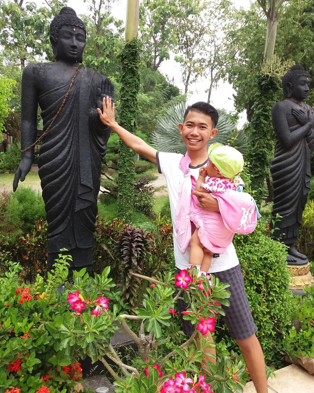 Patung Budha Tidur Mojokerto Tempat Wisata Pulau Jawa Tos Sama
