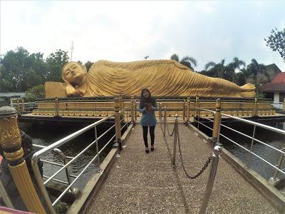 Patung Budha Tidur Trowulan Kab Mojokerto