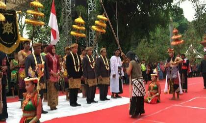 Kirab Agung Nusantara Majapahit 1951 Saka Kapolres Mojokerto Akbp Sesampainya