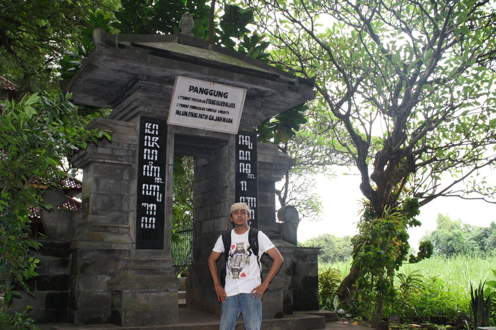 Pendopo Agung Trowulan Sasadara Manjer Kawuryan Tempatnya Luas Teduh Dipergunakan