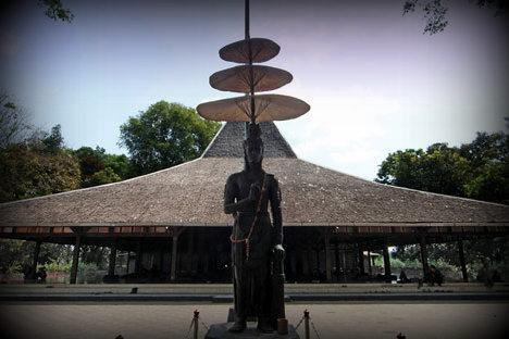Perjalanan Tak Berujung Belajar Sejarah Trowulan Pendopo Agung Mojokerto Kab