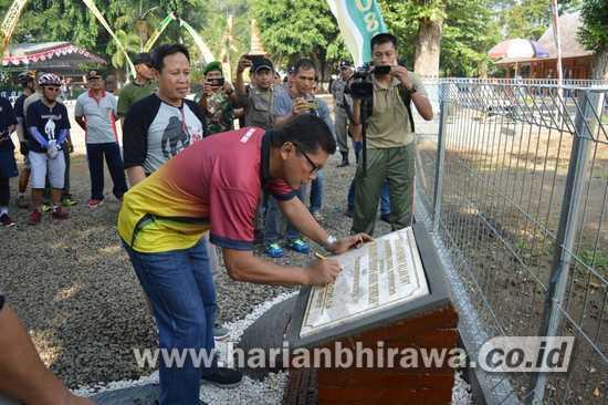 Wisata Rusa Pendopo Agung Hadir Mojokerto Harian Bhirawa Online Danrem