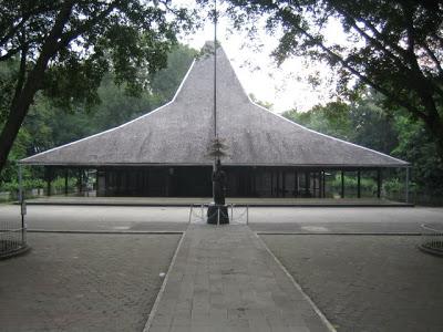 Pendopo Agung Nh Inspiration Mojokerto Sebuah Bangunan Khusus Khas Nuansa