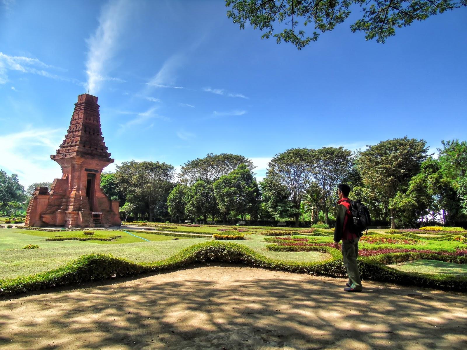 Trip Candi Bajang Ratu Trowulan Mojokerto Terletak Dukuh Kraton Desa