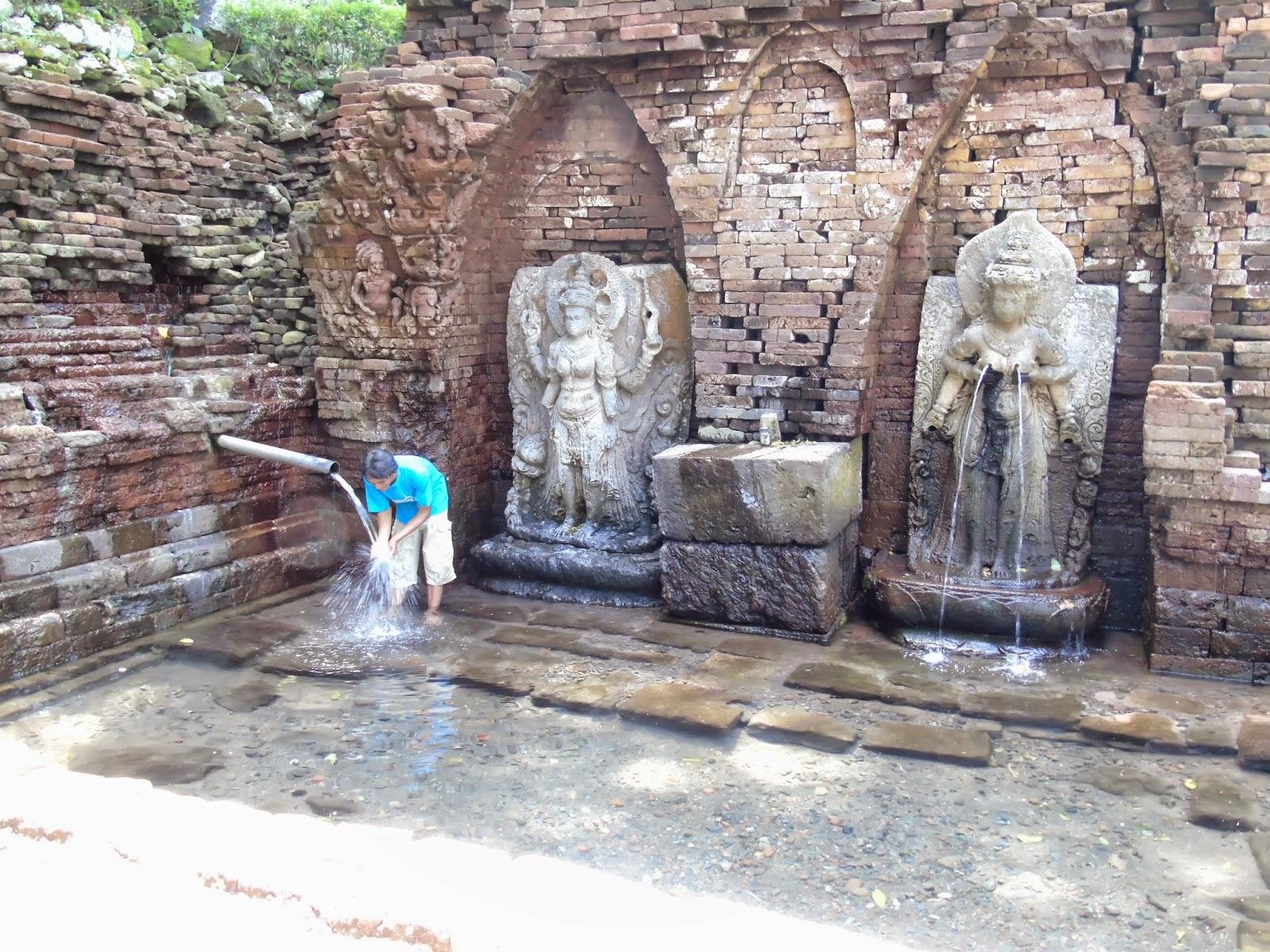 Trip Candi Belahan Sumber Tetek Pasuruan Sidoarjo Jawa Timur Indonesia