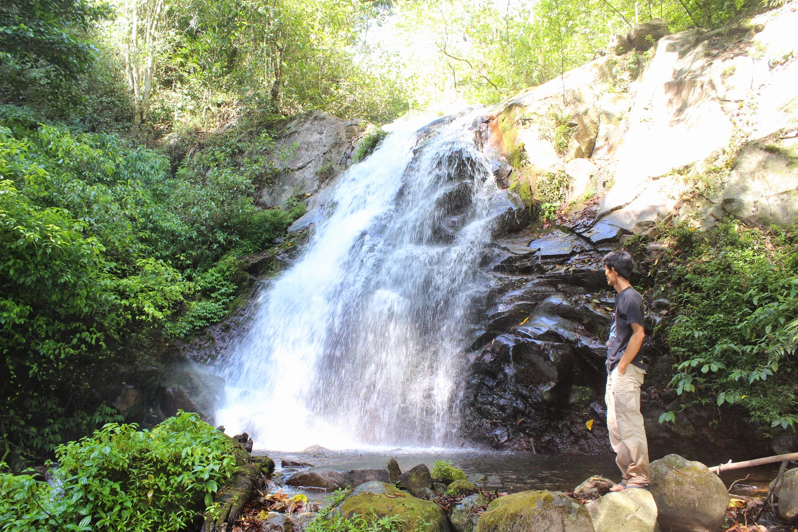 25 Tempat Wisata Mojokerto Tidak Lewatkan Daftar Air Terjun Dlundung