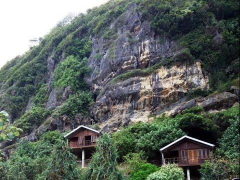 Bukit Teletubis Mendadak Muncul Ditengah Kota Mojokerto Youtube Taman Joglo