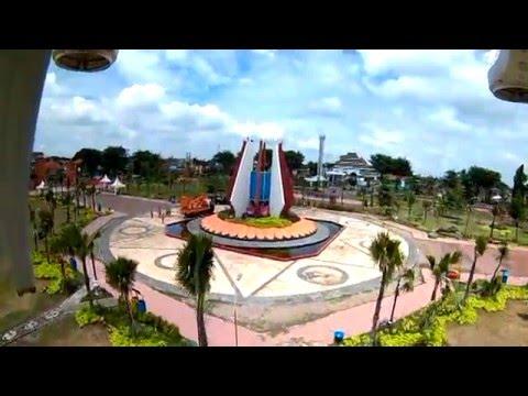 Keindahan Pemandangan Alun Mojokerto Youtube Taman Joglo Kab