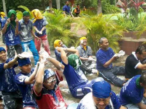 Outbound Training Wahana Wisata Joglo Park Pacet Mojokerto Jatim Taman