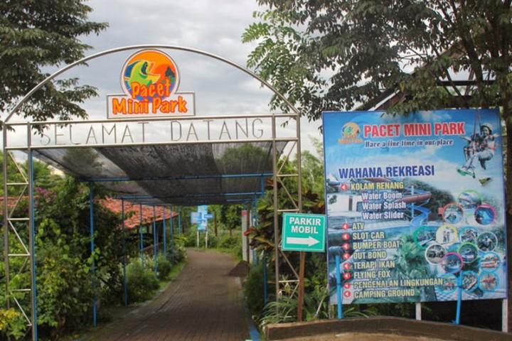 Pacet Mini Park Badan Promosi Pariwisata Daerah Kabupaten Mojokerto Taman