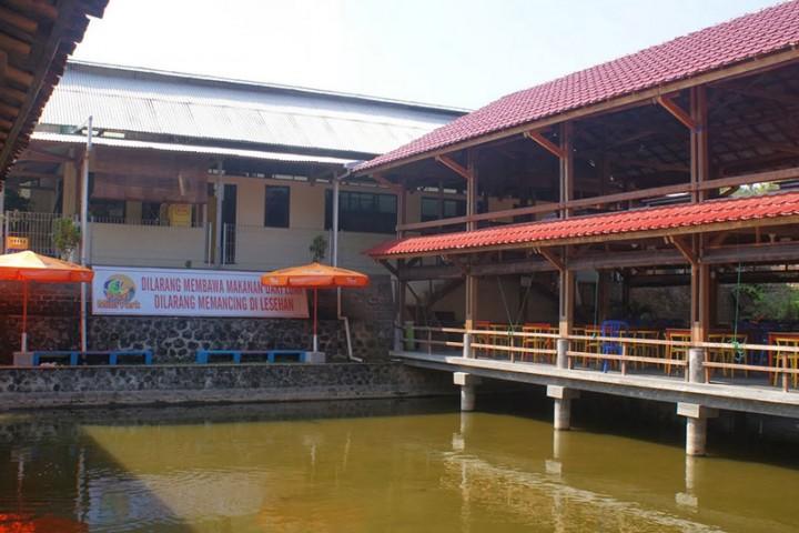 Pacet Mini Park Badan Promosi Pariwisata Daerah Kabupaten Mojokerto Wisata