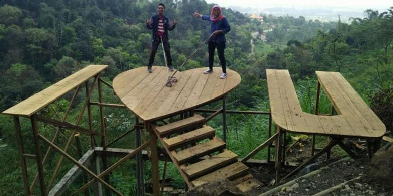 Rekomendasi Hotel Libur Lebaran Mojokerto Kompas Lembah Cinta Salah Satu