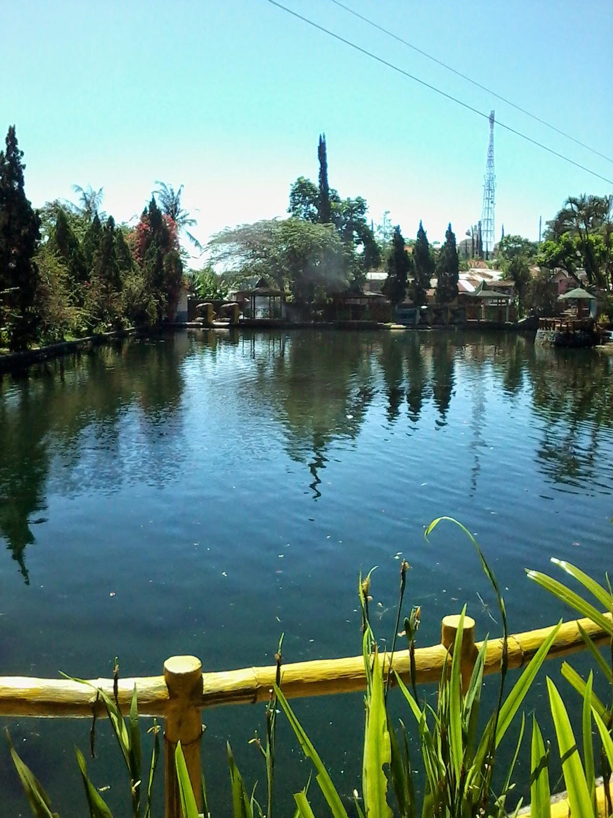Taman Wisata Kolam Renang Ubalan Pacet Mojokerto Mini Kab