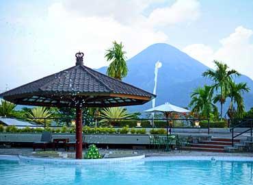 Whiz Hotel Trawas Mojokerto Grand Taman Mini Pacet Kab
