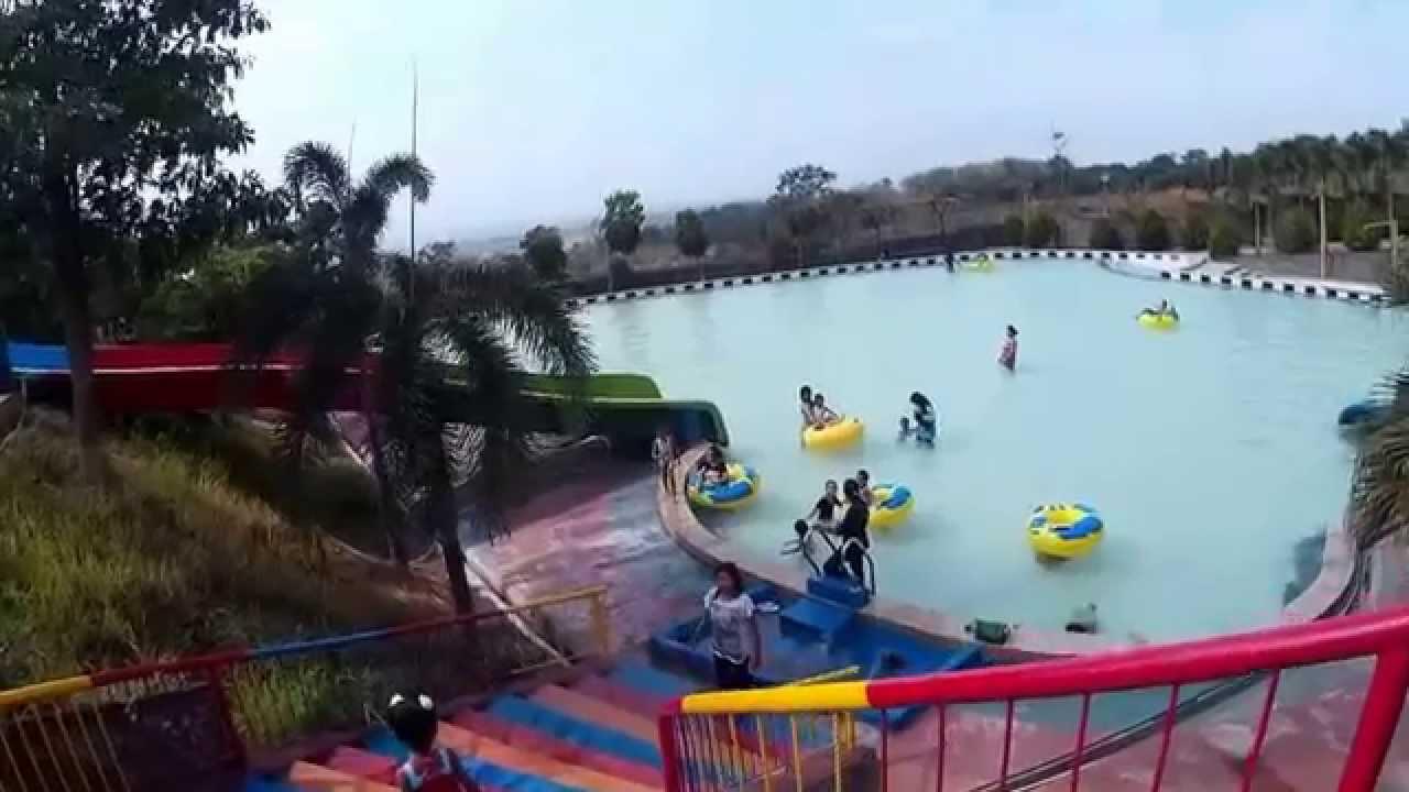 Wisata Pacet Mojokerto Joglo Park Wahana Rumah Makan Youtube Taman