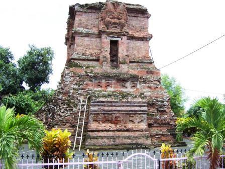 Candi Ngetos Nganjuk Indonesia Photo Wikimedia Org Lor Kab