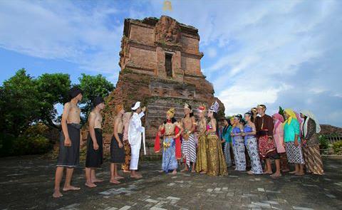 Mengenal Lebih Dekat Kampung Raja Majapahit Nganjuk Media Penampilan Drama
