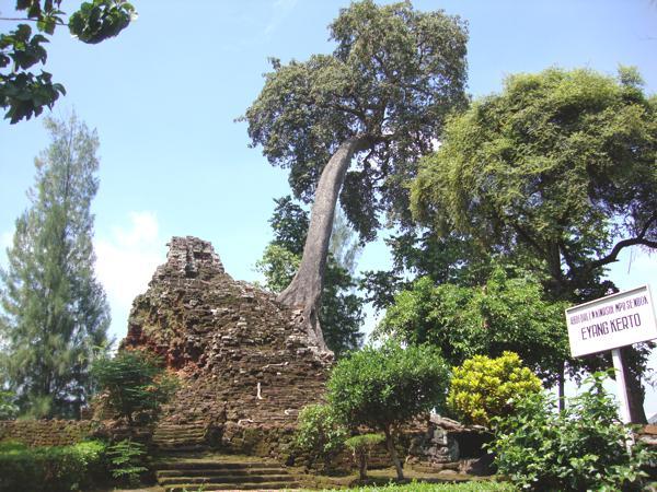 Nganjuk Tourism Lor Temple Candi Berkedudukan Desa Candirejo Loceret 4