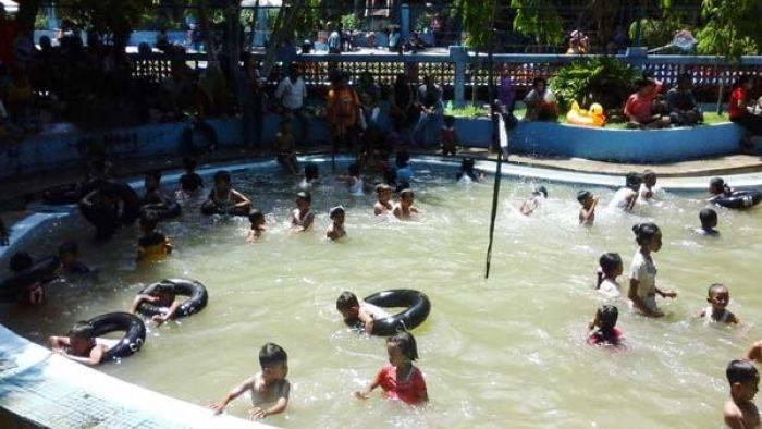 Taman Tawun Kebun Teh Jamus Ngawi Diserbu Wisatawan Bangsa Kab