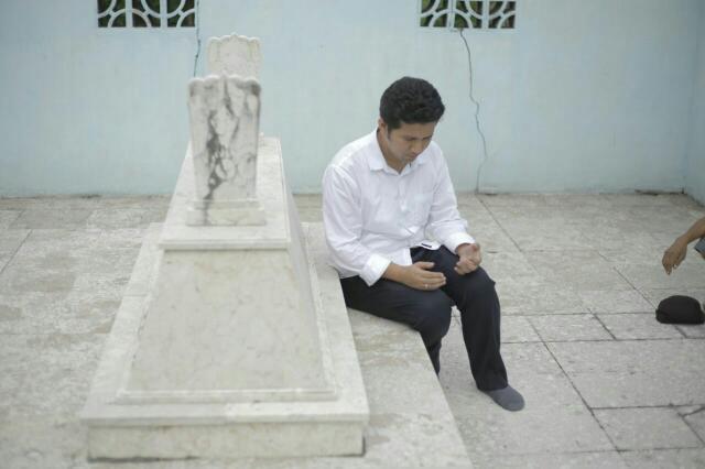 Kunjungi Ngawi Nganjuk Emil Dardak Ziarah Makam Kanjeng Menurut Sutrisno