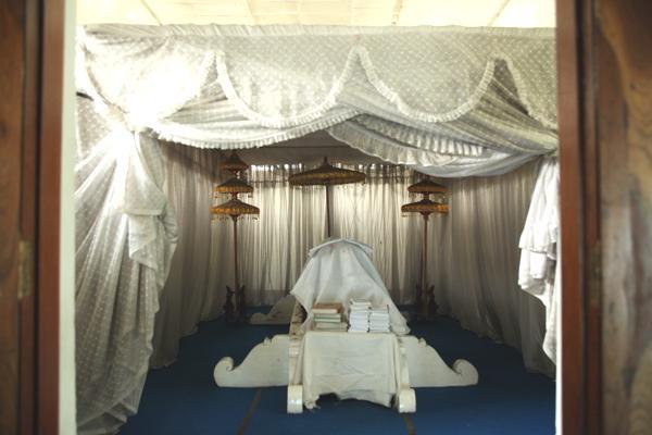 Nganjuk Tourism Ki Ageng Ngaliman Grave Makam 2 Images Gallery