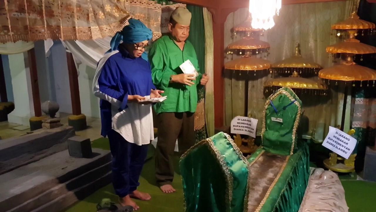 Vlog68 Makam Mbah Raden Tumenggung Sosrokusumo Kanjeng Jimat Nganjuk Kab