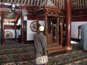 Al Mubarok Miliki Daya Magis Ramadan Masjid Yoni Kab Nganjuk