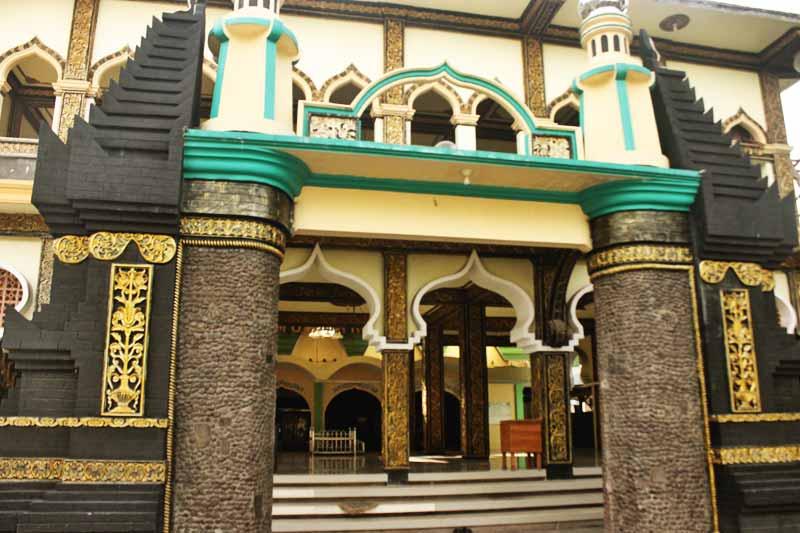 Menyapa Waktu Matahari Kota Angin Indonesiaimages Net Masjid Yoni Al