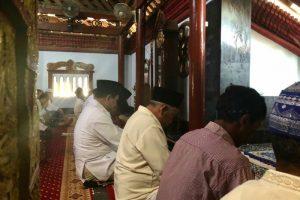 Prabowo Shalat Jumat Masjid Al Mubarok Berbek Histori Subianto Warga