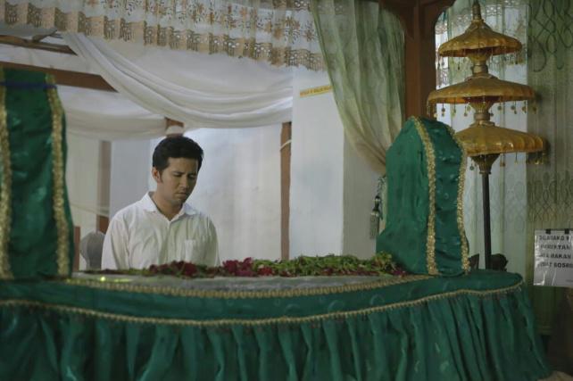 Suarasurabaya Net Emil Dardak Berziarah Makam Kanjeng Jimat Kecamatan Berbek