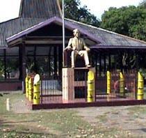 Dr Soetomo Nganjuk Terabaikan Museum Monumen Kab