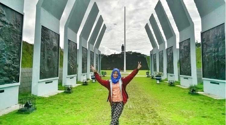 Obyek Wisata Sejarah Monumen Jenderal Sudirman Nganjuk Dr Soetomo Kab